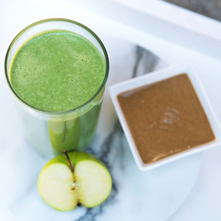 Start your day with a sweet, protein-packed breakfast smoothie, made with fiber-rich fruits and veggies!