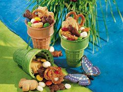 Critter Crunch-safari party snack