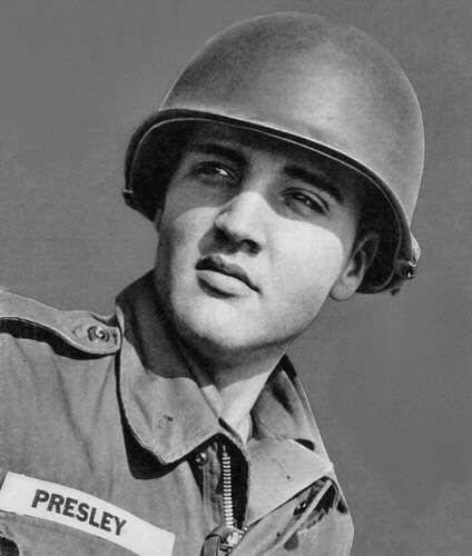 Elvis in army training in Germany in october  3  1958