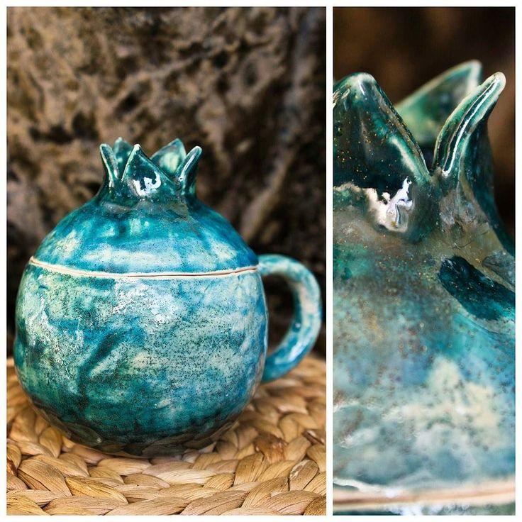 Еще вот такая у меня бирюзовая красота от @ceramisu #керамика #гранат #чашка #кружкагранат #кружка #корона #фрукт #россия #vsocam #vs #vso #turguoise #mug #керамисушки_дома #ручнаяработа #love #happiness #ceramics by anastasia_kulpina
