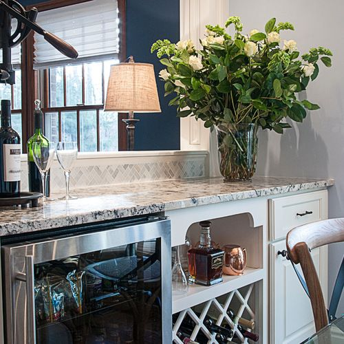 Stunning Kitchen Designs With Two Toned Cabinets: 17 Best Ideas About Two Toned Cabinets On Pinterest