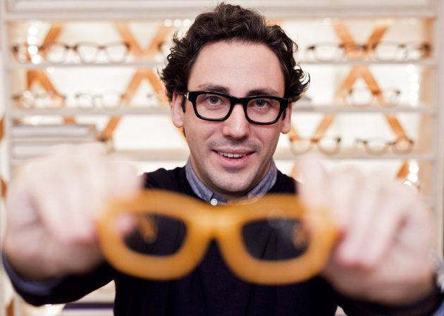 Warby Parker wants you to use your phone for eye exams (update)