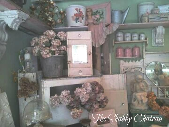 """Welcoming Becky of """"The Shabby Chateau"""" to the Nov.30th/Dec.1st 2012 TVM!"""
