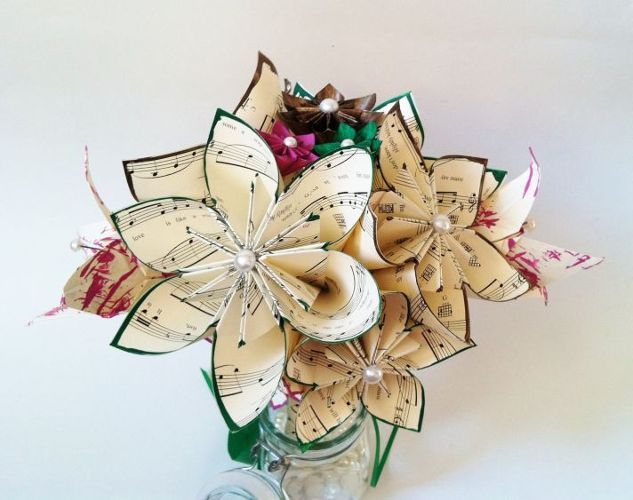 Best 25 rayna ideas images on pinterest music themed parties ooo i love the music note flowers floral centerpieces for 50s wedding reception multi solutioingenieria Images