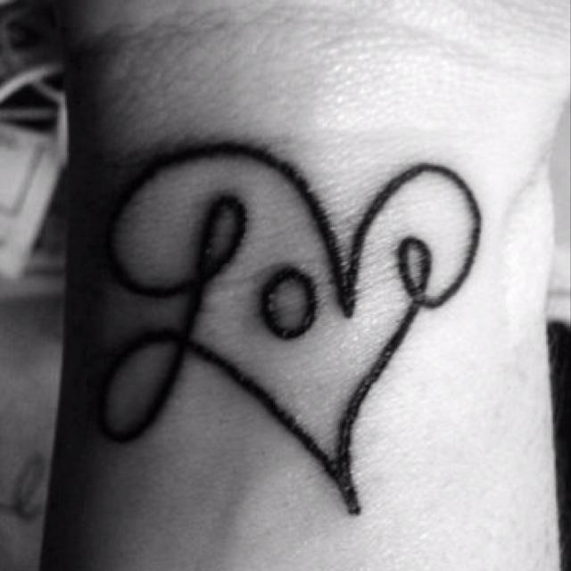 Love never ends.Love Tattoo, Tattoo Ideas, Wrist Tattoo, Get A Tattoo, Tattooideas, Heart Tattoo, Tattoo Design, White Ink, Cute Tattoo