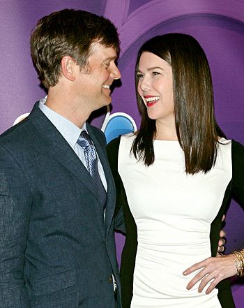 Lauren Graham Jokes She and Boyfriend Peter Krause Are Already Married - Us Weekly