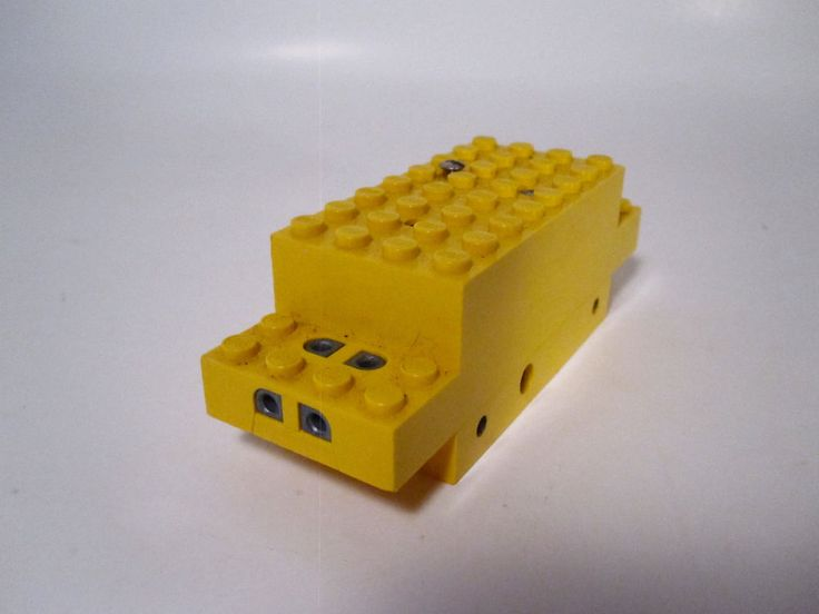 Lego 4 5V Electric Motor for Train or Car Lego Parts Yellow | eBay