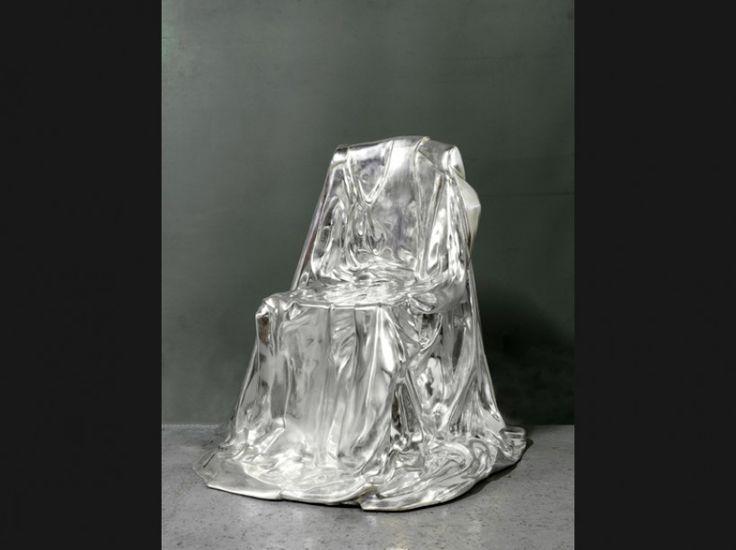 Fauteuil «Silverlining» en bronze argenté, Marina Karella, 1974, Galerie du Passage
