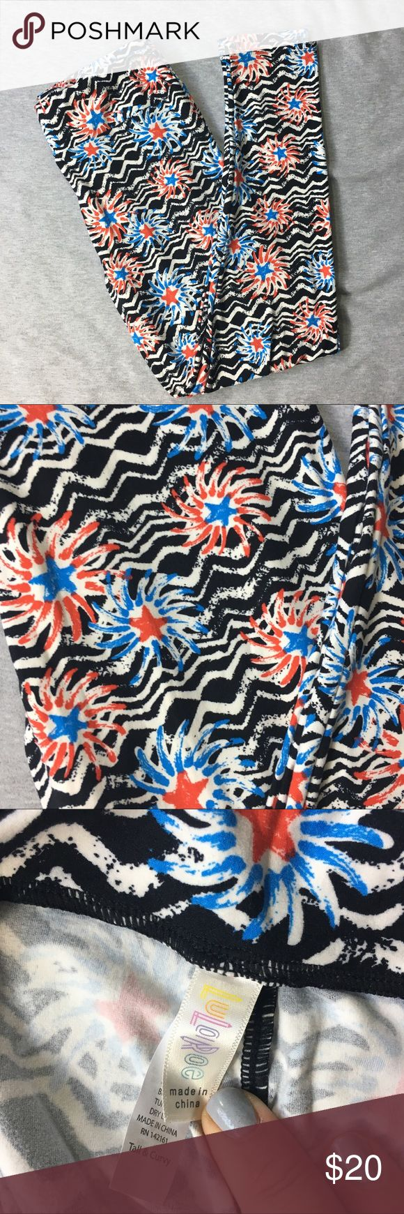 NWOT Lularoe 4th of July TC One Size Legging New with out tags pair of Lularoe leggings in a 4th of July print with stars and stripes. No flaws to note. These have never been worn and never been washed. Let me know if you have any questions. I'm a very fast shipper and love to make deals on bundles. <3 LuLaRoe Pants Leggings