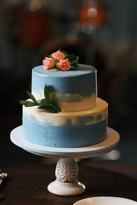 Are you seeking a non-traditional look for your big day sweet treat? Consider a painted wedding cake! It can certainly complement your theme and color scheme, for an elegant appearance.  #weddingcake #cake #paintedcake #baroquecontmepo #wedding #weddingplanner  Photo Source: https://pixabay.com/en/couple-the-groom-bridal-bouquet-1994901/