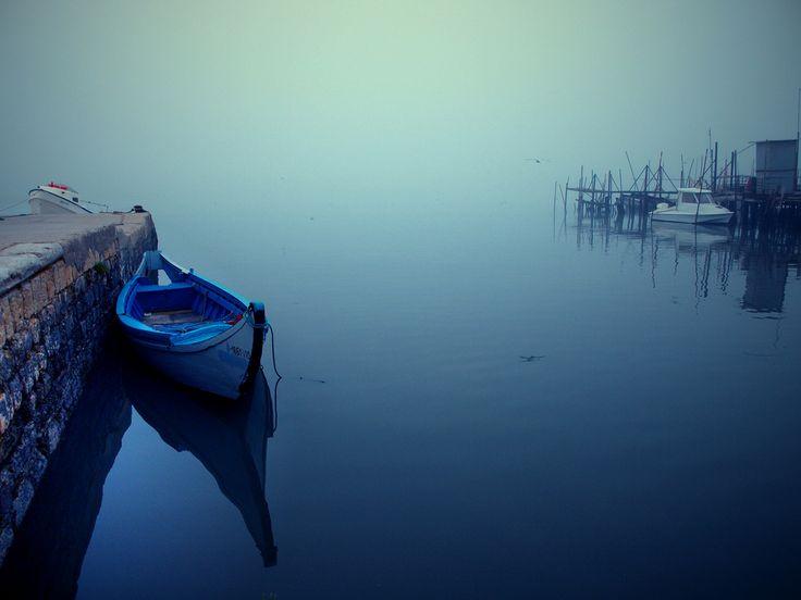 https://flic.kr/p/72EWVb | E o Nevoeiro continua... | ...no Cais de Pesca da Povoa de Santa Iria  Olympus E-420 + Zoom 14-42/3.5-5.6 (28-84mm Equiv.) Utilizada a extenção de focagem 28mm Equiv.