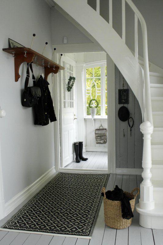100 parasta kuvaa pinterestiss garderobe flur portaat eteiset ja juoksijat. Black Bedroom Furniture Sets. Home Design Ideas