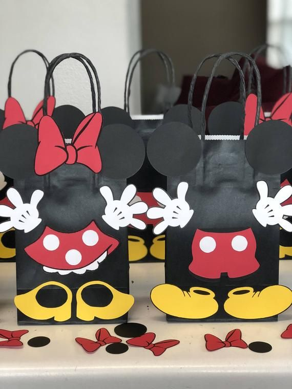 18 pc Disney Minnie Mouse Party Favors Gift Toy Bags Birthday Candy Mickey Treat