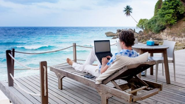 Tricks to Hack Your Business Travel Budget