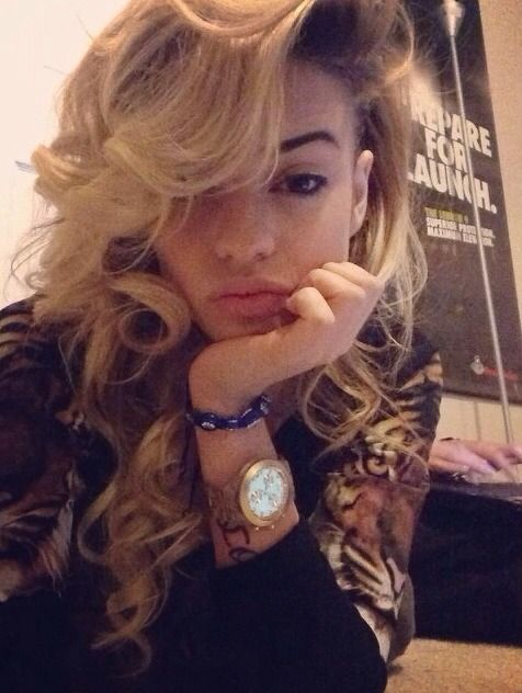 Honey Blonde, hair color, hairstyle | ooh them hairstyles | Pinterest | Makeup och Inspiration