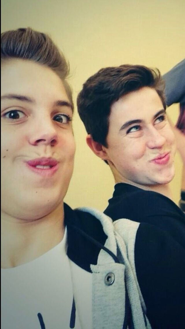 Matt and Nash... they are soo cute.. but Nash looks kinda like a cupcake? Haha yeah like a little yellow flower :)    ❤