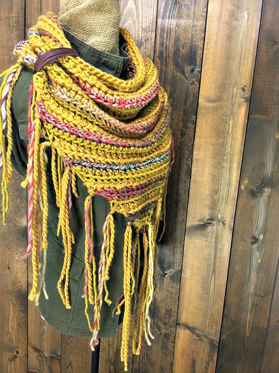 1000 Ideas About Crochet Triangle Scarf On Pinterest