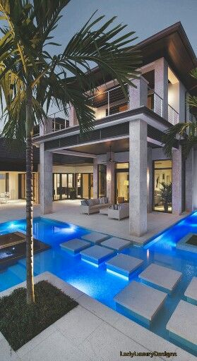 Luxury Beach Homes - LadyLuxuryDesigns ❤