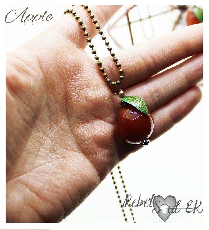 Long chain apple pendant, red apple gemstone pendant, agate stone, fruit necklace, vegan jewelry, cute apple necklace, friendship gift