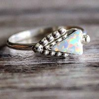 Zuni White Opal Arrowhead Ring