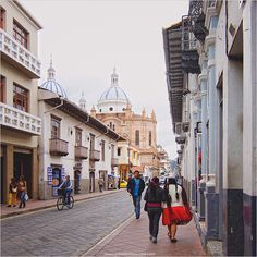 Cuenca, Ecuador is a very affordable option for retirement