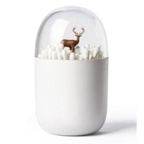 Het hertje lijkt in de sneeuw te staan maar in werkelijkheid zijn het wattenstaafjes. Een waar kunstwerk in uw badkamer. Materiaal: green ABS, acryl