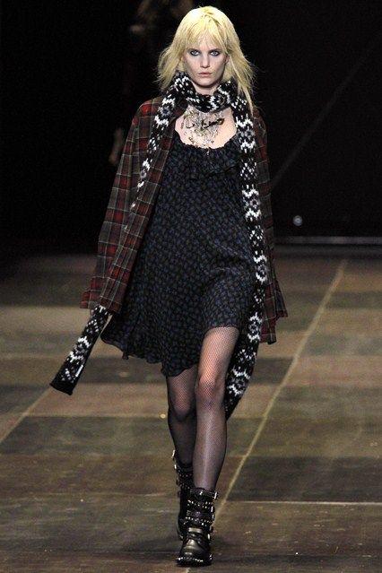 Saint Laurent - www.vogue.co.uk/fashion/autumn-winter-2013/ready-to-wear/saint-laurent/full-length-photos/gallery/950344
