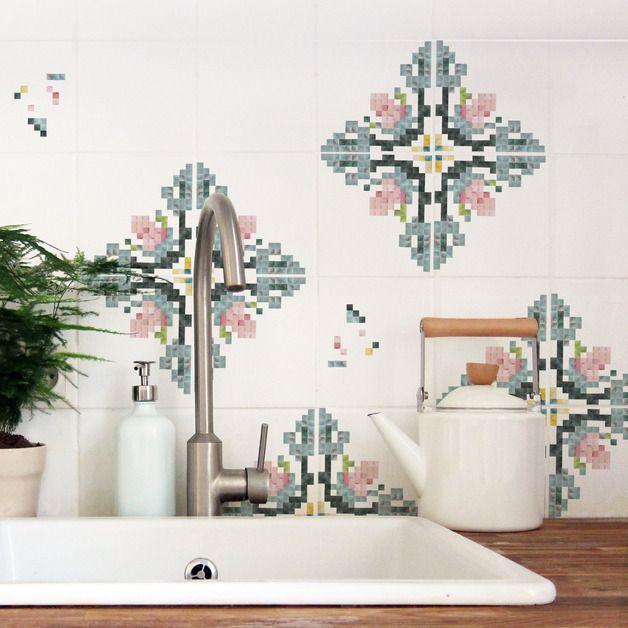 Fliesensticker mit Mosaikblumen-Motiv, Pixel-Wandtattoo für die Küche / tile sticker with mosaic flowers, pixel wall tattoo made by Nuukk via DaWanda.com