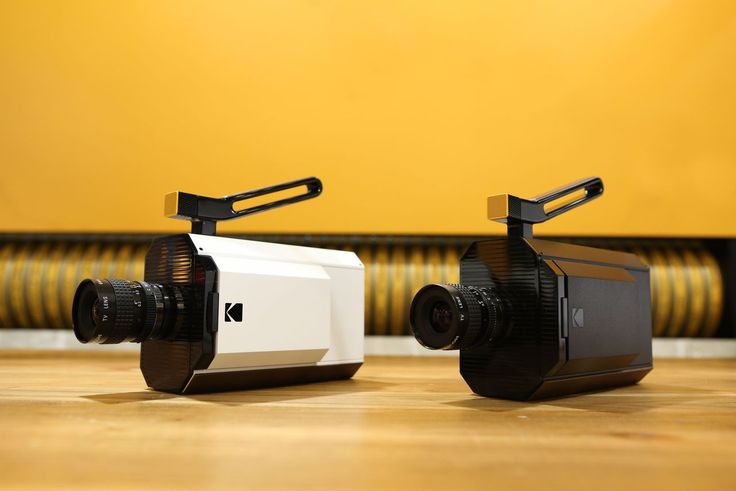 Kodak's 'new' gadget is a Super 8 film camera, and it kind of warms my heart | The Verge