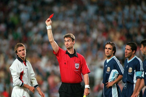 10 heroic lions, 1 stupid boy – David Beckham sent off against Argentina in 1998 WC.
