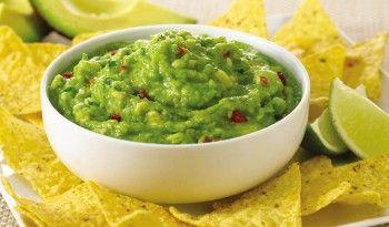 Guacamole cipslerin ve taconun yanında yiyebileceğiniz harika bir dip sos! #avokado #guacamole #tarifi #dip #sos #kolay #pratik #değişik #tarifler #meksika #yemekleri #dünya #mutfağı #leziz #yemekler #tarifi