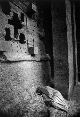 """Peregrination to black Jerusalem"" by Fernando Moleres."