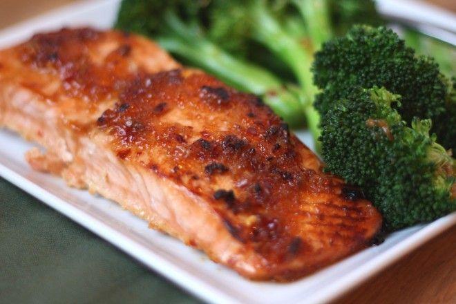 Vamos de peixe no almoço? Salmão Frito Picante