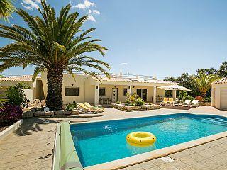 Prachtige villa met privé zwembad 6-8 pers.