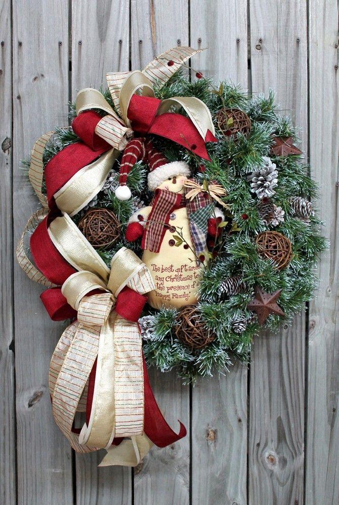 A Happy Primitive Snowman, Christmas Wreath - Christmas Wreaths - Holiday Wreaths - Wreaths http://floralsfromhome.com