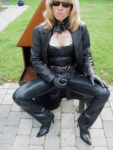Leather goddess fetish photos 71
