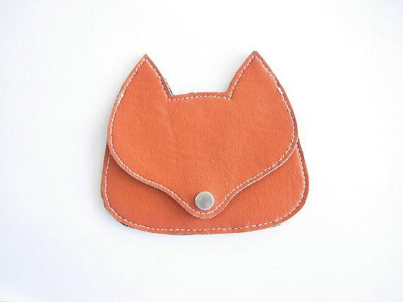 orange fox pouch/coin purse (RachelaPiras via etsy)