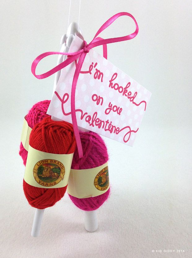 I'm hooked on you - crochet fanatics will love this crafty Valentines - @lionbrandyarn