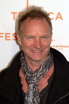 *-* Sting v roku 2009 - Sting Hudobník Sting, CBE, je anglický hudobník, spevák-skladateľ, multiinštrumentalista, aktivista, herec a filantrop. Pred začatím svojej sólovej kariéry bol textárom, hlavným spevákom a basgitaristom new wave skupiny The Police. Wikipédia Narodenie: 2. októbra 1951 (vek 63), Wallsend, Spojené kráľovstvo Manželky: Trudie Styler (od 1992), Frances Tomelty (od 1976–1984) Filmy: Duna, Zbaľ prachy a vypadni!, Búrlivý pondelok