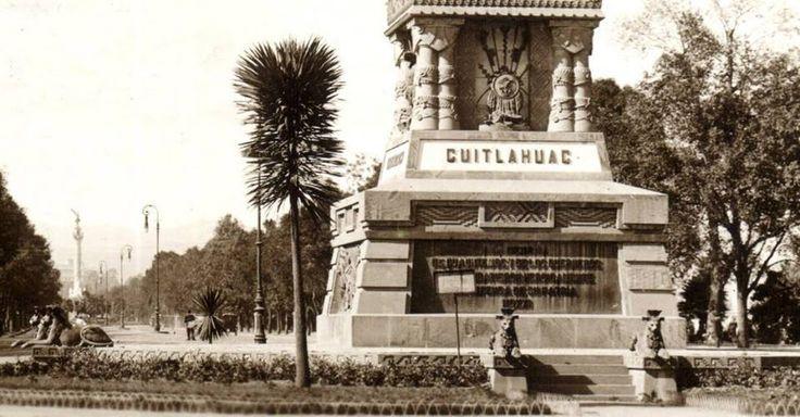 El Paseo de la Reforma, visto hacia el poniente desde el Monumento a Cuauhtémoc alrededor de los años veinte. Esta obra fue realizada por Miguel Noreña y Francisco Jiménez, y se inauguró en 1887; al fondo se aprecia el Ángel de la Independencia, construido para las fiestas del Centenario.   Imagen: Col. Villasana-Torres