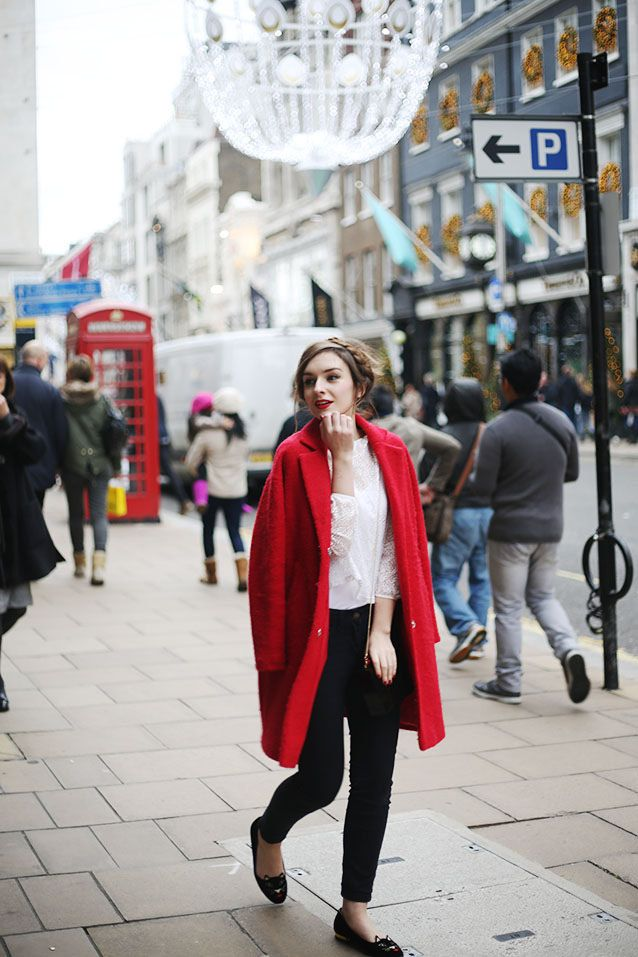 (Coat: WAREHOUSE, Top: URBAN OUTFITTERS, Jeans: BODEN, Shoes: CHARLOTTE OLYMPIA, Bag: LULU GUINNESS)