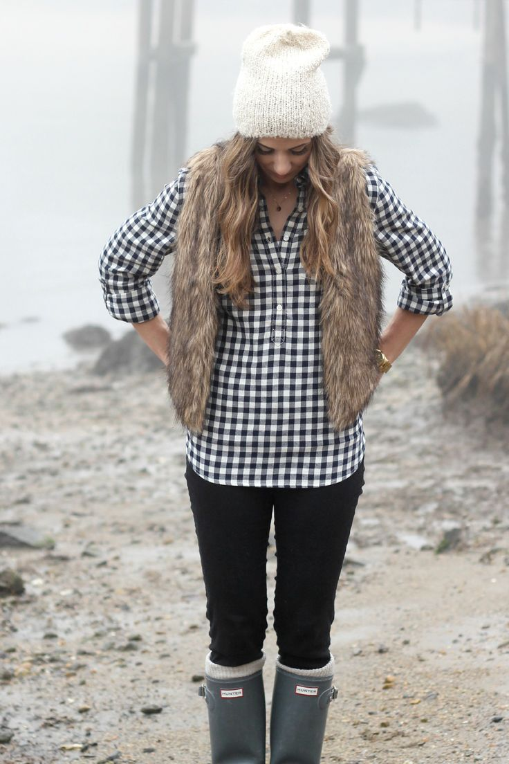 Plaid Shirt, Fake Fur Vest, Hunter boots