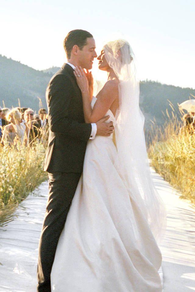 Kate Bosworth Wedding Photos - Kate Bosworth Oscar de la Renta Dresses - Harper's BAZAAR Magazine