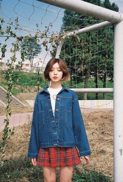Plaid skirt and overzised denim jacket