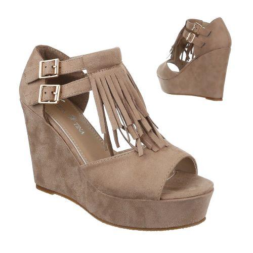 Beige skor med kilklack