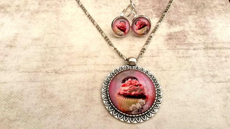 Medaillon kettingen - Handgemaakte ketting roze cupcake met oorbellen - Een uniek product van Tracy-Jewels op DaWanda