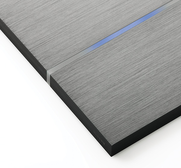 Touch-sensitive, design Sentido switch in brushed dark grey aluminium for any interior: contemporary, minimalist, classic... Controls home automation lights, shades, temperature, music ... Available in aluminium, bronze, glass, leather, nickel ... Learn more at www.basalte.be