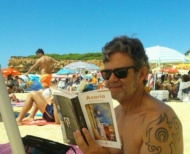 Vivan estos amigos que te llevan a la playa. Muchas gracias Antonio,  espero que te guste.