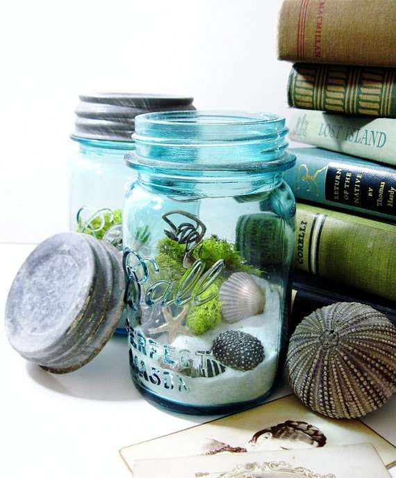 Contained Beach Scenes - perhaps too hipster (jenny may say, lol!) but for someone who loves the beach, this could be easy, fun, and meaningful way to add to centerpieces.