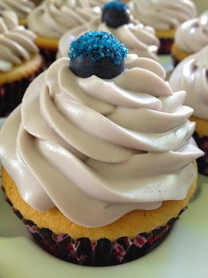 7 Bakery Secrets for Perfect Cupcakes ~ valuable chef's tips #desserts #DIY
